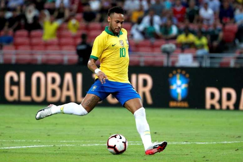 Brasil jogará hoje contra a Nigéria em jogo amistoso. EFE/Wallace Woon/Archivo
