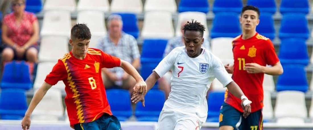 Karamoko Dembélé a choisi l'Angleterre. EFE/Marcial Guillén