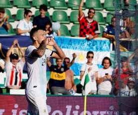 Ocampos remercie Leo Messi. EFE