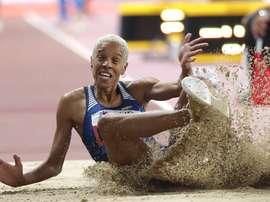 La atleta venezolana Yulimar Rojas salta en la final de triple salto del Mundial de Atletismo Doha 2019. EFE/Lavandeira jr/Archivo