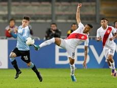 Uruguay salvó un empate en Lima. EFE