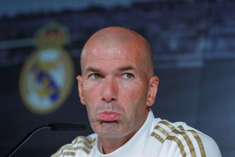 Zidane will field a top team for the game with Eibar. EFE