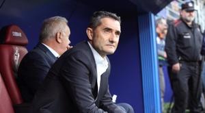 Il tecnico del Barça Valverde contro l'Eibar. EFE