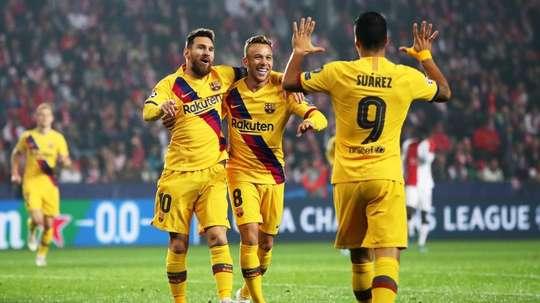Il Barça festeggia il successo in Repubblica Ceca. EFE