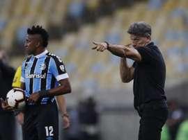 Renato Gaúcho fue muy crítico con la actuación de los suyos. EFE