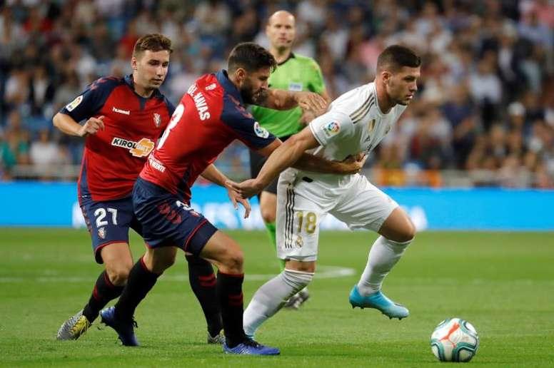 Jovic fica fora do próximo jogo por lesão muscular. EFE/JuanJo Martín/Archivo