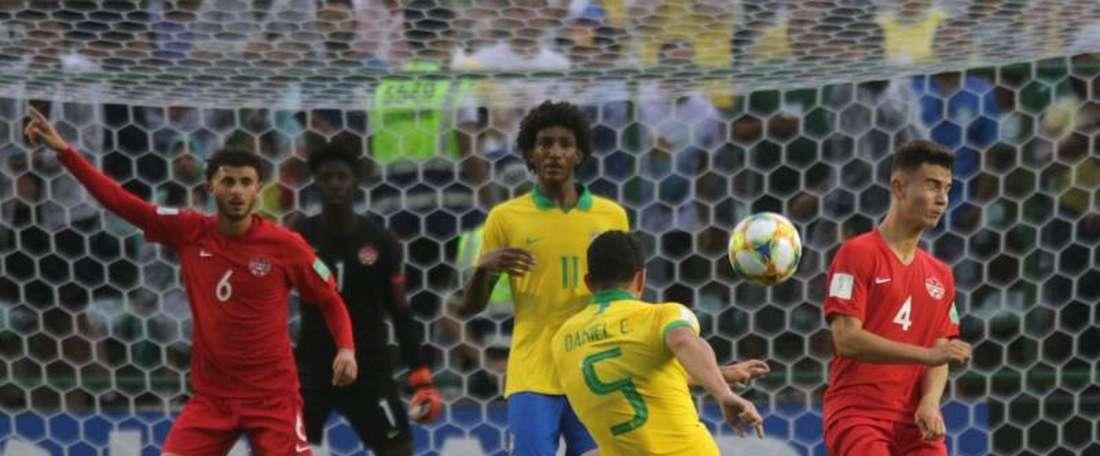 Brasil arranca el mundial con victoria. EFE