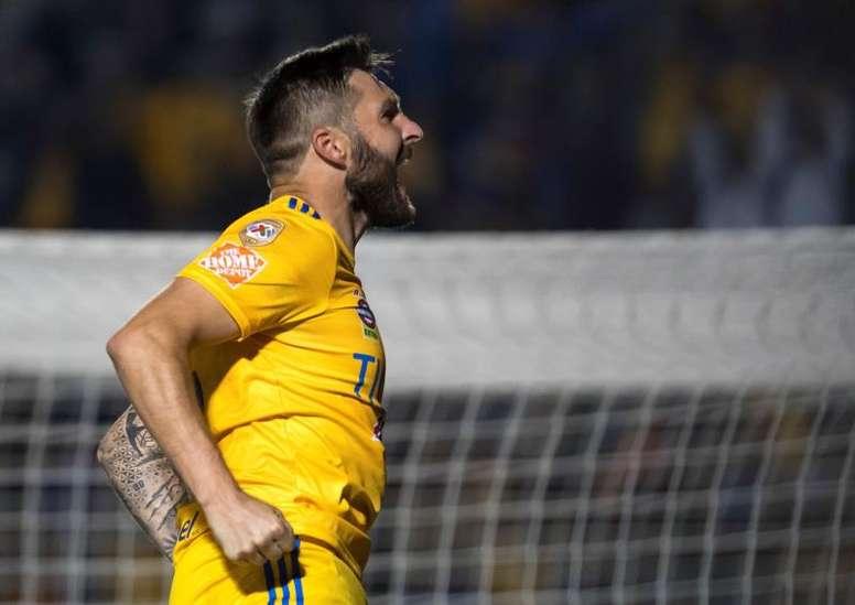 Los jugadores podrían ver reducido su salario en México. EFE/Miguel Sierra