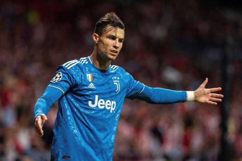 Villas-Boas said he wanted Cristiano Ronaldo to win the Ballon D'or over Messi. EFE