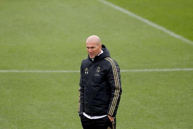 Real Madrid are not only going for Van de Beek. EFE