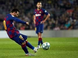 Messi pode superar Maradona em uma das poucas coisas que ainda faltam. EFE