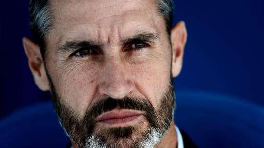 Vicente Moreno cree que verán algo de luz si ganan al Levante. EFE