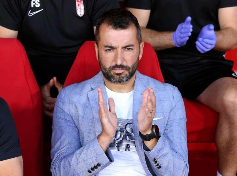 Diego Martínez hizo autocrítica tras la derrota. EFE/Pepe Torres