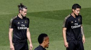 Real Madrid pretende arrecadar 100 milhões de euros com James e Bale. EFE