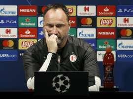 Treinador do Slavia de Praga falou em coletiva de imprensa em Barcelona. EFE/Andreu Dalmau