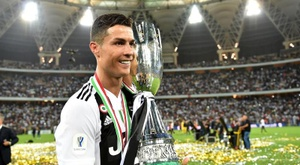 Ronaldo's juventus will face Lazio in Saudi Arabia on December 22nd in the Italian Super Cup. EFE