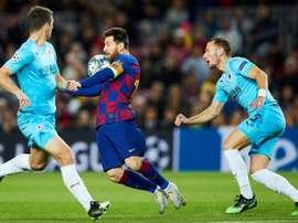 Déception du Slavia Prague face au comportement de Messi. EFE