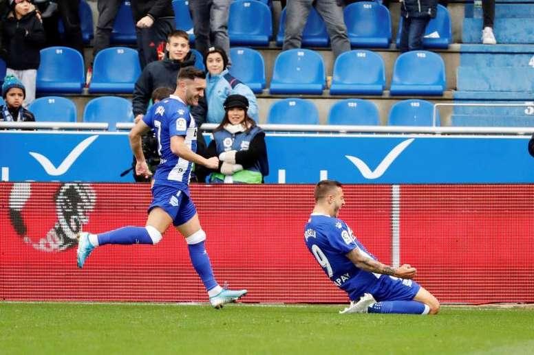 El Alavés arrolló a un decepcionante Valladolid. EFE