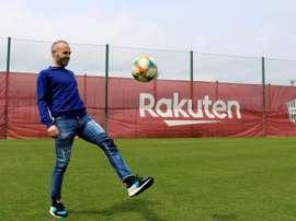 Andrés Iniesta era um dos objetivos do Barcelona na última janela. EFE/Nora Olivé/Arquivo