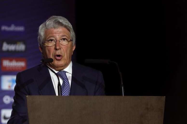 Diego Costa finalmente será operado en Madrid y estará de baja tres meses. EFE