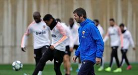 Albert Celades ha reconducido al Valencia tras una llegada convulsa. EFE