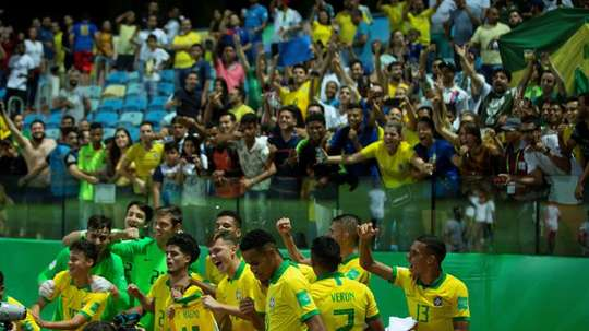 Brasil intentará parar a la arrolladora Francia. EFE