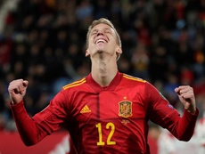 Dani Olmo disfrutó marcando en su debut. EFE