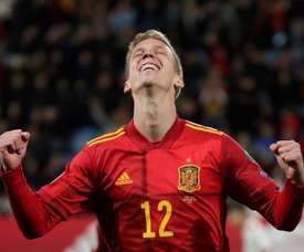 Barça apresenta uma proposta formal a Dani Olmo. EFE