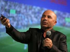 Santos negó que Sampaoli rechazase la visita de Bolsonaro. EFE