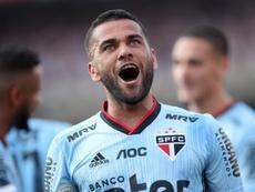 Daniel Alves, al rescate. EFE