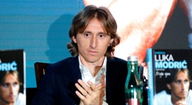 Luka Modric presentó su autobiografía en Zagreb. EFE