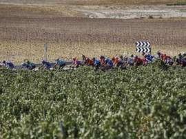 El Ayuntamiento de Ejea de los Caballeros (Zaragoza) ha confirmado que el viernes 21 de agosto de 2020 la séptima etapa de la 75 Vuelta Ciclista a España tendrá su llegada en la villa aragonesa en una jornada en la que el pelotón partirá desde Soria. EFE/ Javier Lizón/Archivo