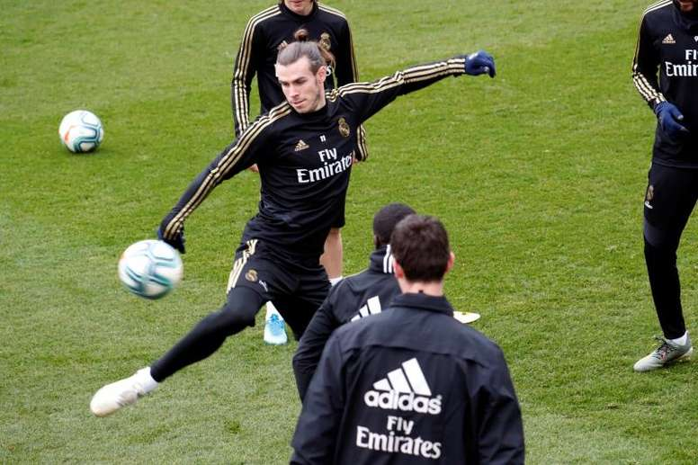 James didn't train. EFE