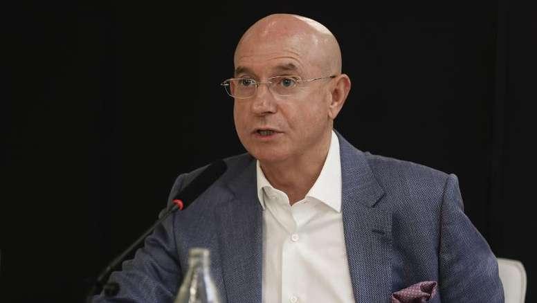 Lorenzo Serra Ferrer habló de su salida del Betis. EFE