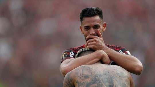 Pablo Marí quiere jugar con 'la Roja'. EFE