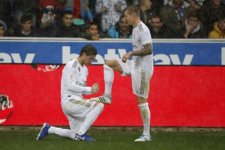 21 mois plus tard... Ramos et Kroos se retrouvent. EFE