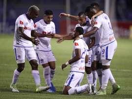 Motagua y Olimpia Honduras arrancan con buen pie. EFE/ José Valle