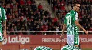 Zouhair Feddal afirmou que comemorará os gols como quiser. EFE/CATI CLADERA