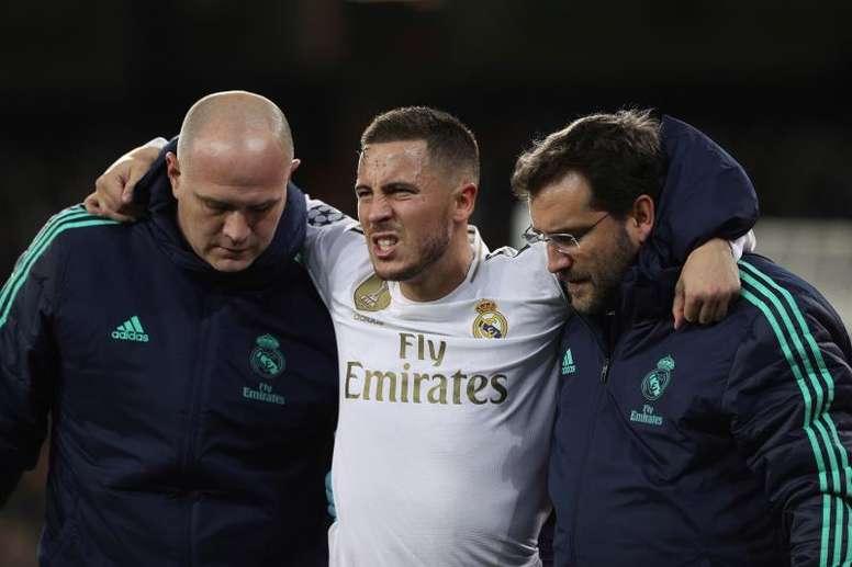 Hazard sofre uma fissura na fíbula. EFE/ Rodrigo Jiménez
