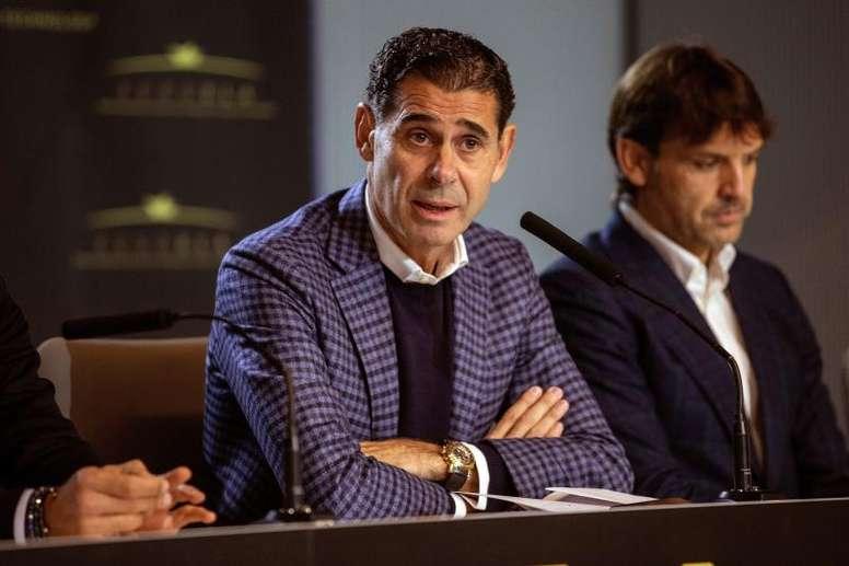 Fernando Hierro puso por las nubes a Lorenzo Sanz. EFE