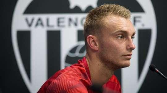 Jasper Cillessen, goleiro do Valencia, não voltará a atuar neste ano. EFE/ Miguel Ángel Polo/Arquivo