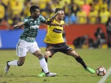 Dallas se hace con Thiago Santos. EFE