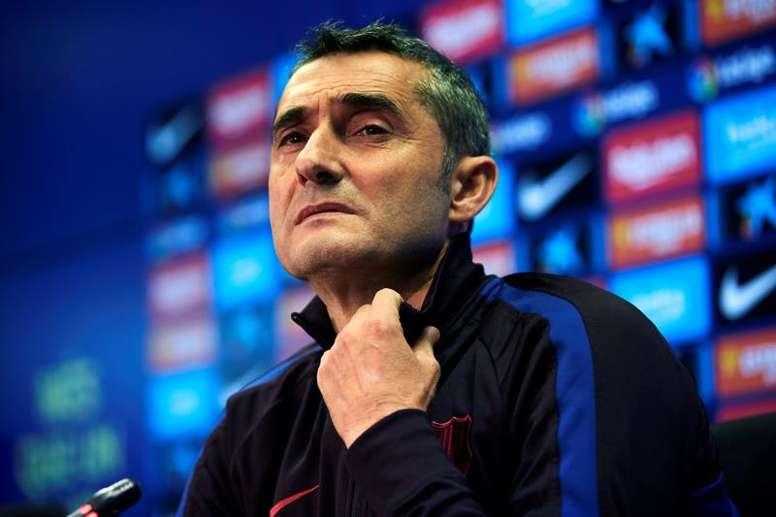 Valverde se siente afortunado de entrenar a Leo Messi. EFE