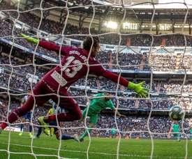 Diego López lamentó la derrota del Espanyol en el Bernabéu. EFE