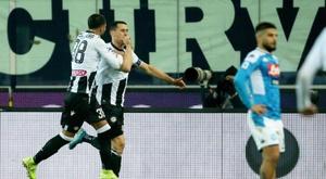 El Udinese aprovechó el mal momento del Nápoles. EFE