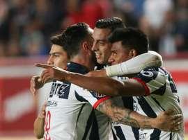 Monterrey bate time de Xavi e pega o Liverpool. EFE