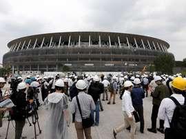 Obras del nuevo Estadio Nacional, utilizado como el Estadio Olímpico de Tokio 2020. EFE/ Kimimasa Mayama/Archivo