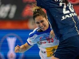 Mireya González durante el partido contra Japón del campeonato del mundo de balonmano, que España ganó 33-31. (Balonmano, Japón, España) EFE/EPA/HIROSHI YAMAMURA