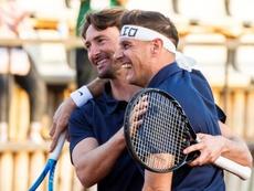 Joaquín y Bartra disputaron un curioso partido de dobles. EFE