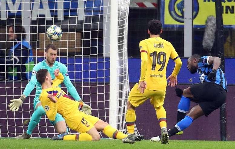 El Barcelona consiguió un triunfo de postín y eliminó al Inter. EFE